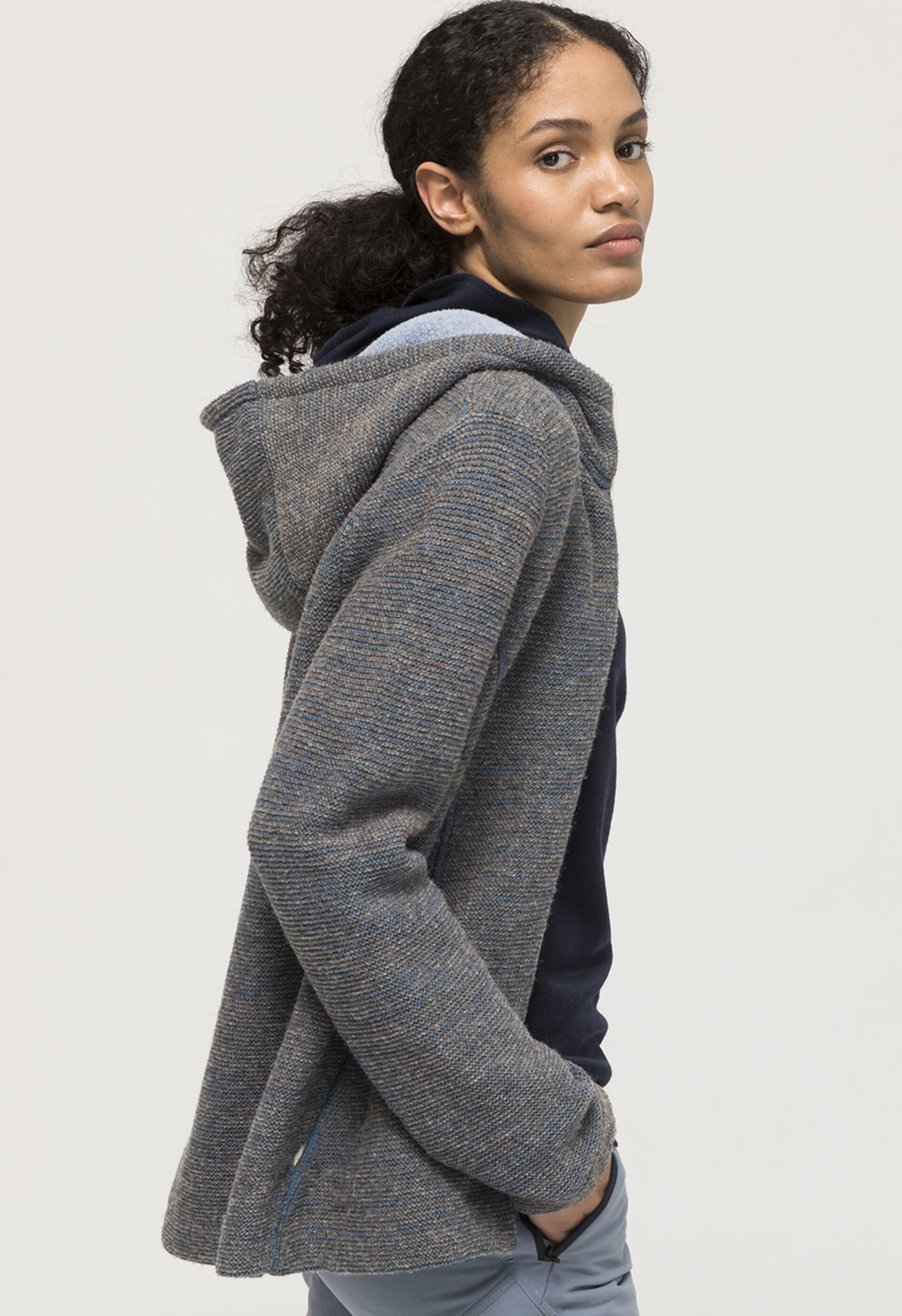 Jacken und Pullover aus rein natürlichen Materialien