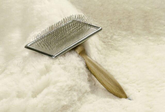 Lambskin brush.