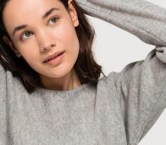 Women's fashion basics made of virgin wool