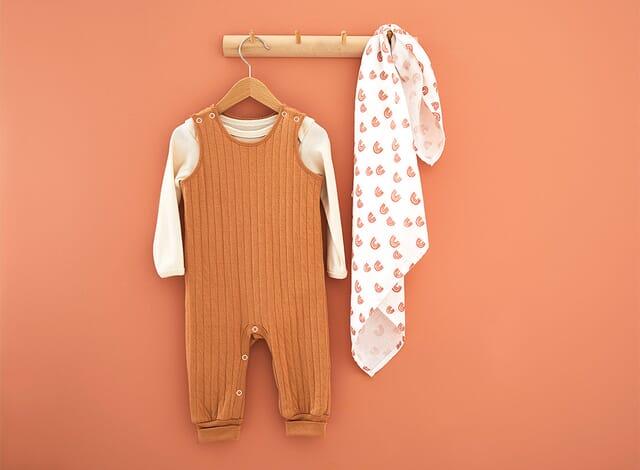 Babybodys aus 100% Bio-Baumwolle.