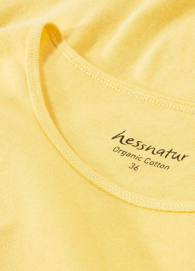 gelbe Damenkleidung