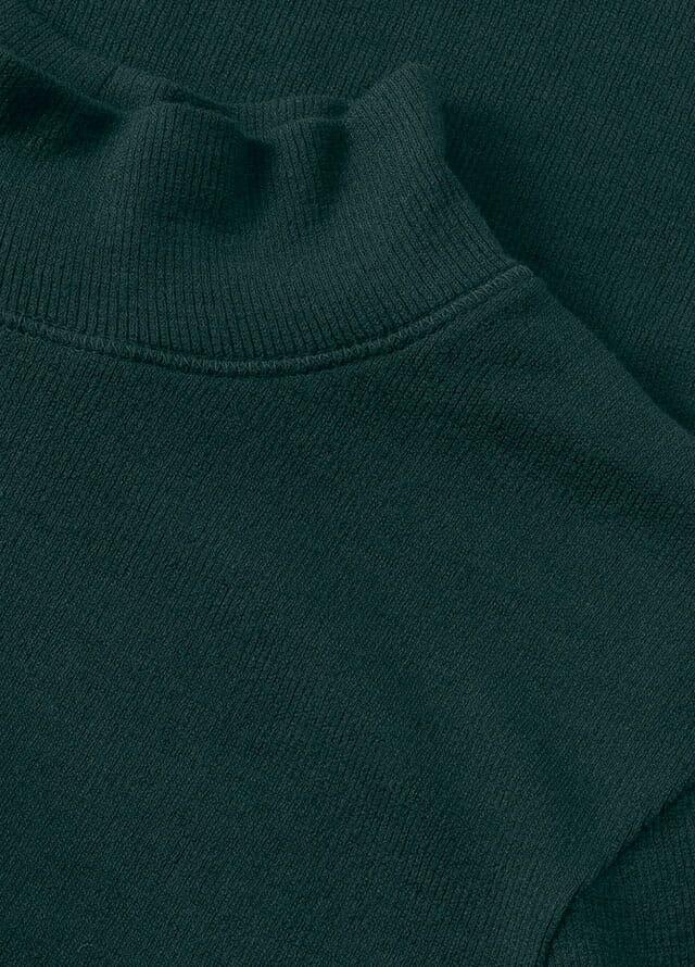 grüne Damenkleidung