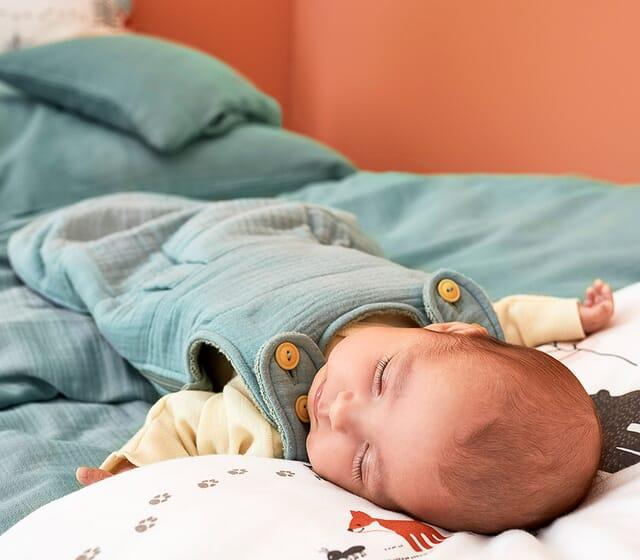 Gesunder Babyschlaf - Schlafsack aus Naturmaterialien.