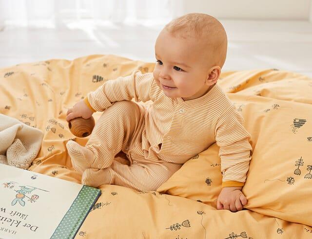 Nachtwäsche für Babys & Kinder.