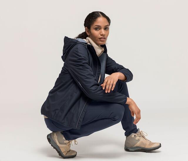 Lightweight jacket for women