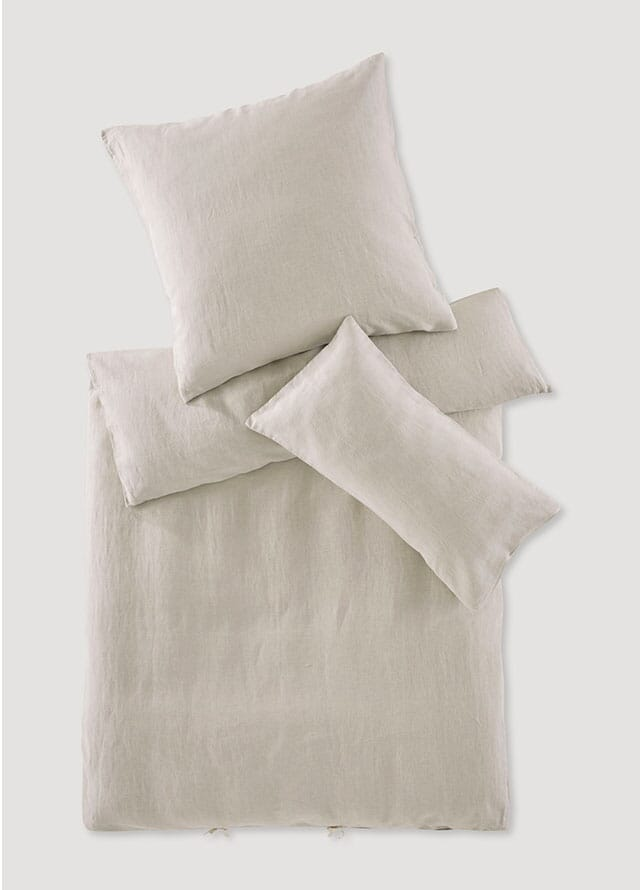 Linen and cotton sheets.