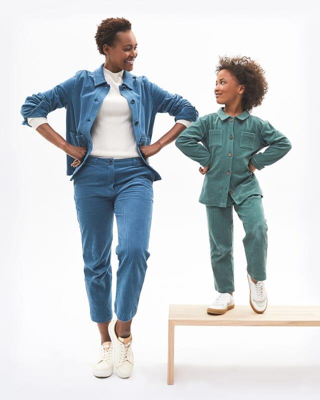 Mini Me Outfits aus Stoff für Eltern und Kinder.