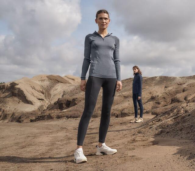 Laufen in natürlicher Funktionskleidung.